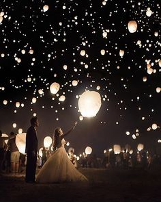 15 Romantic Wedding Photo Ideas with Sparklers - boda - Fancy . - 15 romantic wedding photo ideas with sparklers – boda – - Wedding Send Off, Wedding Goals, Wedding Shoot, Wedding Themes, Wedding Planning, Wedding Quotes, Wedding Dresses, Bridesmaid Dresses, Hair Wedding
