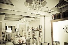 Mitat showroom Showroom, Photo Wall, Spaces, Frame, Home Decor, Picture Frame, Photograph, Decoration Home, Room Decor