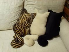 Cat-looking Decorative Pillows
