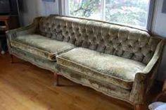 vintage sofa on craigslist Cosy Sofa, Velvet Couch, Large Cushions, Settee Sofa, Settees, Vintage Sofa, Take A Seat, Needful Things, Furnitures