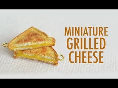 ▶ GRILLED CHEESE: polymer clay tutorial. NOTE: I would use the bread to make PBJ instead of the grilled cheese