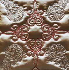 How to Choose Quilting Fabrics - Embroidery Tips and Blog Machine Quilting Tutorial, Quilting Tutorials, Quilting Projects, Quilting Designs, Applique Designs, Embroidery Designs, Solid Background, Traditional Fabric, Pillow Set