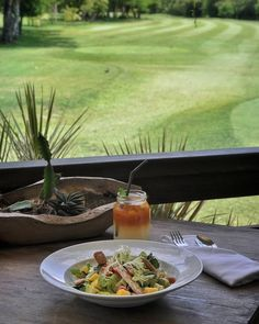 #Bali. Have you try Sector House Salad (42K) mesclun mixed crispy tempe avocado mango & chili sesame dressing while enjoying the golf course view at @bbgcsector?