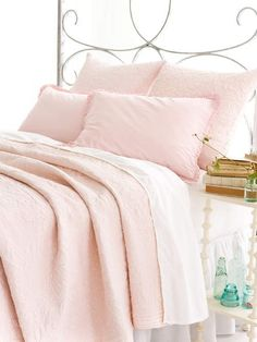 Pale pink linnen