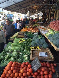 Mercado Municipal Valparaiso Chile, Walking Tour, Four Square, Vegetables, Roosters, Fruits And Vegetables, Viajes, Places, Vegetable Recipes