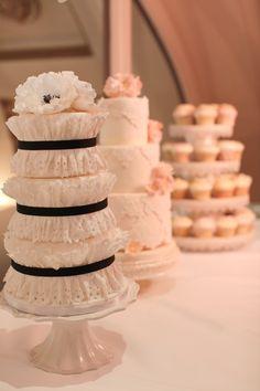Beautiful Wedding Cakes at the Taj