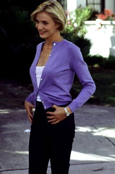 5 Sexy Cardigan Styles Inspired by the - Outfits for Work Purple Cardigan Outfits, Cardigan Fashion, Burgundy Cardigan, Cameron Diaz Style, Cameron Diaz 90s, Sexy Outfits, 1990 Style, 90s Fashion, Fashion Outfits