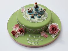 This cake was all about cuteness of the elephant and pale blue/grey colour…
