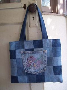 Tote (can use pieces at ends of legs that make only smaller squares).