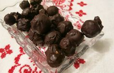 Smile Greek Marzipan, Candy, Chocolate, Ethnic Recipes, Greek, Smile, Food, Sweet, Toffee