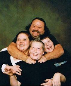 29 Whitest Family Photos of all Time