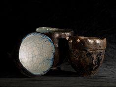 Ceramic vase by Daniela Vacca (http://www.manoitaliana.com/daniela-vacca-ceramista)