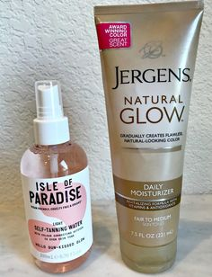 Summer Essential: Self Tanner - A Well Styled Life® Best Sunless Tanner, Sunless Tanners, Clean Beauty, Beauty Tips, Beauty Products, Beauty Secrets, Makeup Products, Best Self Tanner, Diy Self Tanner