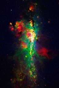 """This, ladies and gentlemen, is the core of the Milky Way as can best be rendered using our best telescopes and years to properly """"colorize."""""""