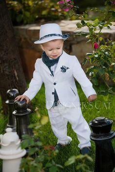 des.BARNEY #baptismclothes #βαπτιστικά #christeningclothes #vaptisi #βάπτιση #alexandraplati #babyfashion #lapetitecouture #luxurykidsclothes #luxurybabyclothes #kidscollection #kidsfashion #vaptistika #βαπτισηαγοριού #designerscat Kids Collection, Shoe Collection, Little Boy Fashion, Kids Fashion, Cat Store, Baptism Outfit, First Communion, Little Man, Panama Hat