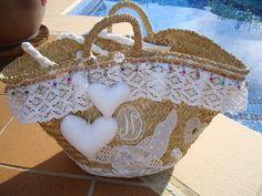 Hessian Bags, Diy Sac, Straw Handbags, Creation Couture, Boho Bags, Craft Bags, Diy Purse, Fabric Bags, Ribbon Embroidery