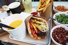 Filakia - Sandwich grec  MONTORGUEIL  9, rue Mandar, 75002 Paris