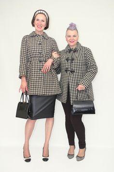 Dedicated followers of fashion! #coat #coats #houndstooth #50up #50plus #vintage #vintagefashion #70s #fashion #fashionista #fashionblogger #fblogger #style #styleblogger #styling #personalstyling #stylist #personalstylist #vmodeadvies #kledingadvies #personalshopper #stylingadvice #stylingadvies #styletips #shopmycloset #instashop