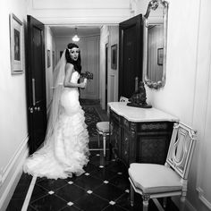 Wedding - Photography – Photographer - London - Bride – Black and White - Ritz Hotel