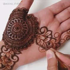 Beautiful henna - By: Aroosa - Eid Mehndi Designs, Henna Hand Designs, Mehndi Designs Finger, Latest Henna Designs, Mehndi Designs For Girls, Mehndi Designs For Beginners, Modern Mehndi Designs, Mehndi Design Pictures, Mehndi Designs For Fingers