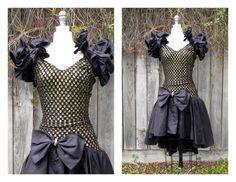 I don't care if it's super 80's... i love this dress
