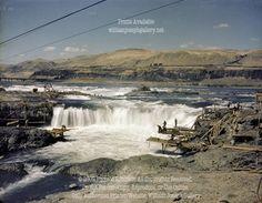Celio Falls Native Fishermen Columbia River Gorge Oregon USA