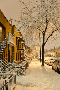 *🇨🇦 Snowy night (Montreal, Quebec) by Bust it Away Photography on 🏙 Quebec Montreal, Montreal Ville, Quebec City, Places To Travel, Places To See, Places Around The World, Around The Worlds, Beautiful World, Beautiful Places
