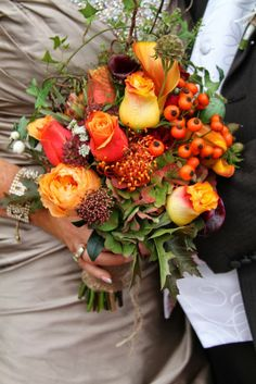 This Bridal Bouquet really does capture the spirit of the season, vibrant shades, textures and a wonderfully relaxed garden gathered design