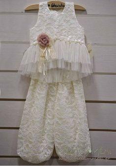 Girls Dresses, Flower Girl Dresses, Kids Clothing, Pointers, Kids Outfits, Parenting, Wedding Dresses, Clothes, Vintage