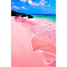 ビーチウェディングはここで決まり♡世界の素敵な海5選にて紹介している画像