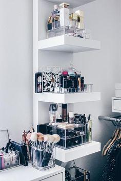 Makeup Kit, Beauty Storage, Make Up Collection, Make Up Storage - Ikea Lighting Dressing Table Storage, Ikea Dressing Room, Rangement Makeup, Perfume Storage, Wall Shelf Unit, Ikea New, Make Up Storage, Storage Ideas, Ikea Storage
