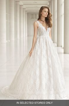 7fd4d44456a Women s Rosa Clará Couture Embellished Lace Princess Gown