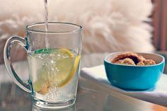 L'infusion citron gingembre est parfaite pour débuter la journée grâce à ces effets alcalinisant et énergisant.