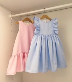 The foremost lovely pursuing newborn baby love clothes, see most of the specifics like p j's, human body lawsuits, bibs, plus much more. Little Girl Fashion, Kids Fashion, Toddler Fashion, Fashion Tips, Toddler Dress, Baby Dress, Little Girl Dresses, Girls Dresses, Moda Kids