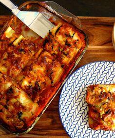 """Vegan Lasagne (grain,gluten,nut & sugar-free). Tomato sauce, cauliflower bechamel & zucchini pasta sheets & zucchini & carrot """"cheese"""". Just veggies made yum !"""