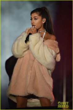 ariana grande ♡ she's my queen. she's so inspirational & i love her so so much. she inspires me to follow my dreams, she makes it that i love singing so so much ♡ go check out my instagram @anjaliegowda and subscribe to my YouTube channel, Anjalie Gowda Covers. i post covers of my fav songs  ♡ thank u sm & thank u ari ♡ilyx999999999999999 ••• #weloveyouariana