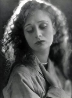 dolores costello (grandmother to drew barrymore)