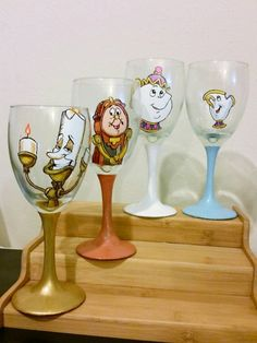 I found a shop on Etsy that specializes in hand painted wine glasses and beer mugs, and their Disney designs are Wine Glass Crafts, Wine Craft, Bottle Crafts, Decorated Wine Glasses, Hand Painted Wine Glasses, Decorated Bottles, Painted Bottles, Disney Wine Glasses, Diy Christmas Mugs