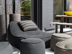 Paola lenti Float poef antraciet http://whymattress.com/lamzac-hangout-reviews/