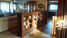 Bookcase divider, slate entry