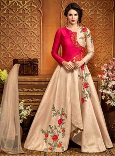 Looking to buy Anarkali online? ✓ Buy the latest designer Anarkali suits at Lashkaraa, with a variety of long Anarkali suits, party wear & Anarkali dresses! Indian Gowns Dresses, Eid Dresses, Fashion Dresses, Anarkali Dress, Anarkali Suits, Lehenga, Long Anarkali, Gown Dress, Dress Suits