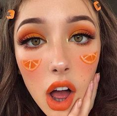Makeup musts for a natural summer look! on We Heart It Summer Eyeshadow Looks Heart Makeup musts Natural Summer Peach Makeup Look, Purple Makeup Looks, Burgundy Makeup, Soft Makeup Looks, Orange Makeup, Creative Makeup Looks, Blush Makeup, Brown Makeup, Orange Eyeshadow Looks