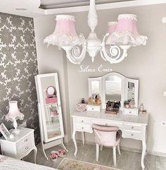 """1,187 Beğenme, 6 Yorum - Instagram'da Ev Dekorasyonu  (@evdekorasyonu): """"Teşekkürler  @selmaemin  #vsco #style #insta #instadecor #evdekoru #decor #view #interior…"""" Interior Design Bedroom, Decor, Home Decor Furniture, Bedroom Decor, Girl Bedroom Designs, Bedroom Bed Design, Bedroom Design, Home Decor, Luxurious Bedrooms"""