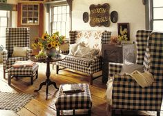 Prim & Checkered Living Room home country antique decorate furniture ideas checkered living room primitive
