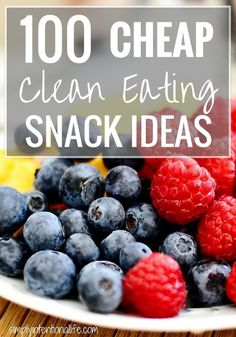 Healthy Snacks clean eating snack ideas, quick snacks to make, healthy low calorie snacks - Need some healthy snack ideas that won't break the bank? Here are 100 cheap clean eating snack ideas and tips to stay under budget while eating healthy. Cheap Clean Eating, Clean Eating Diet, Stop Eating, Clean Eating Recipes, Healthy Eating, Clean Eating College, Clean Food List, Clean Eating Rules, Clean Foods