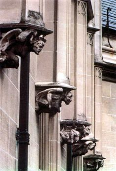 i have a thing. Gargoyles.