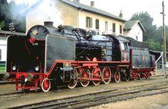 Borsig Lok 06-018 (1930) im Mai 1989 anlässlich einer Fahrt auf der Wocheinerbahn Jesenice-Görz.Hier in Pula (Kroatien)Archiv P.Walter