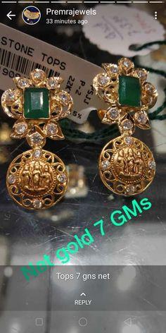 Gold Jhumka Earrings, Indian Jewelry Earrings, Jewelry Design Earrings, Gold Earrings Designs, Gold Rings Jewelry, Gold Diamond Earrings, Gold Jewellery Design, Emerald Jewelry, Ear Jewelry