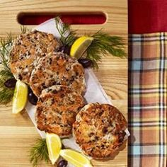 Salmon Cakes with Olives, Lemon & Dill Studded with briny olives, bright lemon zest and a touch of dill, this healthy, easy salmon cake recipe is perfect for dinner and for freezing. Dill Recipes, Salmon Recipes, Seafood Recipes, Cooking Recipes, Entree Recipes, Yummy Recipes, Dinner Recipes, Low Calorie Recipes, Healthy Recipes