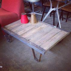 Salontafel Palletkar coffe table industrial heavy duty afm: 100 x 66 x 27H cm.
